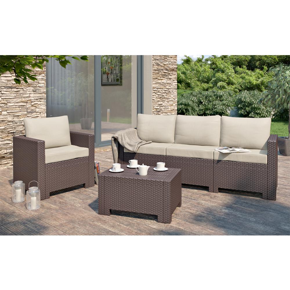 Set mobili da giardino lounge rattan marrone cuscini beige for Set mobili da giardino